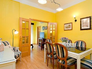 2 bedroom Apartment in Arganzuela, Madrid, Spain : ref 5043258