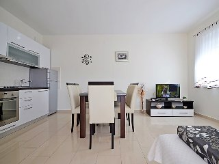 2 bedroom Apartment in Sv. Filipi i Jakov, Zadarska Zupanija, Croatia : ref 5026