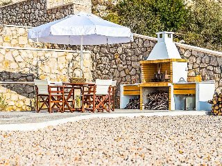 Afantou Villa Sleeps 8 with Pool Air Con and WiFi - 5490137