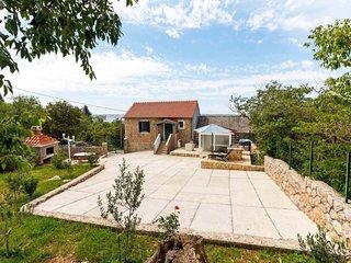 2 bedroom Villa in Milovac, Zadarska Županija, Croatia : ref 5396941