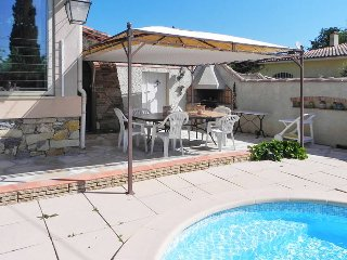 4 bedroom Villa in Garéoult, Provence-Alpes-Côte d'Azur, France : ref 5437057