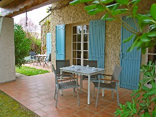 3 bedroom Villa in Chateaurenard, Provence-Alpes-Cote d'Azur, France : ref 50514