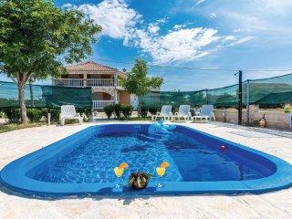 4 bedroom Villa in Budak, Zadarska Zupanija, Croatia : ref 5542406