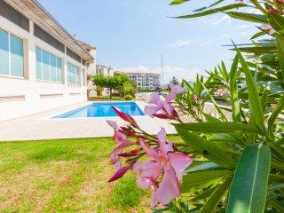 3 bedroom Apartment in Puigmal, Catalonia, Spain : ref 5546384