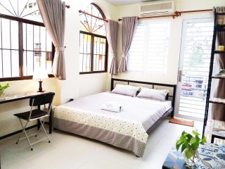 5 STUDIOS.NBK- 5 nice furnished studios, balcony/window at Dist.1