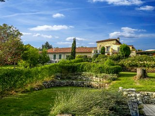 2 bedroom Villa in Brossac, Nouvelle-Aquitaine, France : ref 5026701