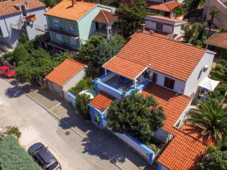 Three bedroom apartment Banjole (Pula) (A-14391-b)