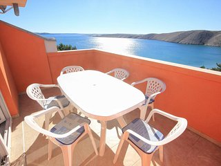 Vlasici Apartment Sleeps 8 with Air Con and WiFi - 5469421