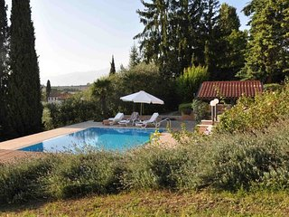 Lazise Villa Sleeps 14 with Pool Air Con and WiFi - 5218397