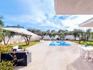 2 bedroom Villa in Martignano, Apulia, Italy : ref 5488905