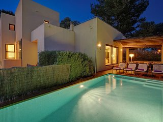 4 bedroom Villa in Cala Galdana, Balearic Islands, Spain : ref 5334748