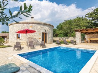 3 bedroom Villa in Juršići, Istria, Croatia : ref 5564167