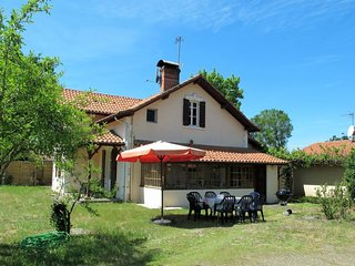 4 bedroom Villa in Mimizan-Plage, Nouvelle-Aquitaine, France : ref 5036847