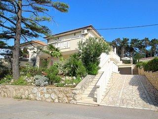 2 bedroom Apartment in Silo, Primorsko-Goranska Zupanija, Croatia : ref 5057981