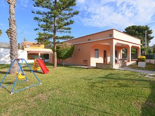 3 bedroom Villa in Avola, Sicily, Italy : ref 5083694
