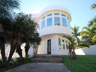 215 W. Campeche