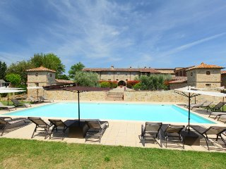 3 bedroom Apartment in I Casali, Tuscany, Italy : ref 5055357