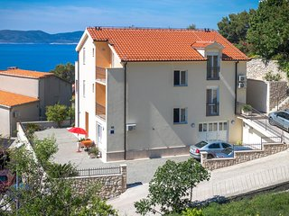 One bedroom apartment Brela (Makarska) (A-13118-a)