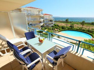 2 bedroom Apartment in Golfe-Juan, Provence-Alpes-Cote d'Azur, France : ref 5036