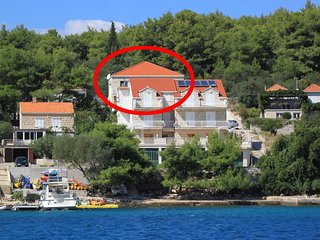 Three bedroom apartment Lumbarda, Korčula (A-10049-a)