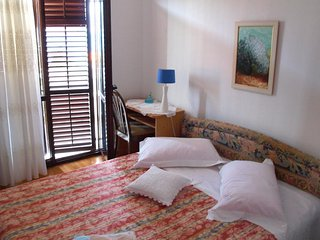 Two bedroom apartment Slatine, Ciovo (A-460-f)
