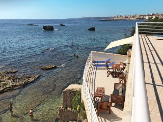 2 bedroom Villa in Syracuse, Sicily, Italy : ref 5444895