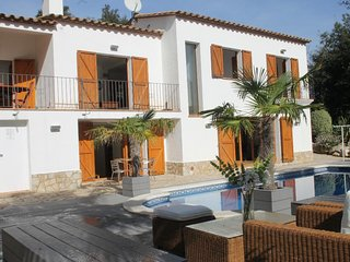 4 bedroom Villa in Sant Antoni de Calonge, Catalonia, Spain : ref 5250733