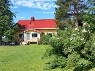 Halolanmaki Holiday Home Sleeps 8 with WiFi - 5045753