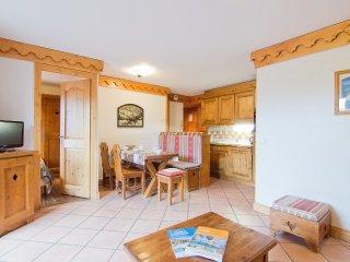 2 bedroom Apartment in Saint-Bonnet-des-Bruyeres, Auvergne-Rhone-Alpes, France :
