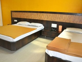 AC room for 4 near Shirdi railway station