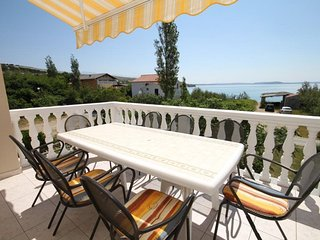 Vlasici Apartment Sleeps 8 with Air Con and WiFi - 5466150