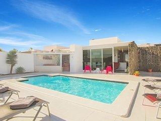 4 bedroom Villa in Playa Blanca, Canary Islands, Spain - 5334681