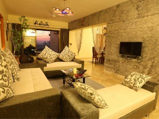 Ambient 4-BR apartment for a lavish stay