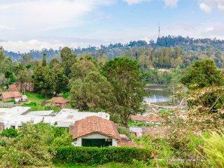 Maruti Villa Beautiful 2-bedroom homestay, 1 km from Kodaikanal Lake