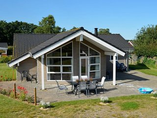 Gronninghoved Strand Holiday Home Sleeps 10 with WiFi - 5058682