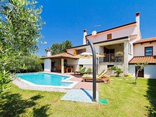 3 bedroom Villa in Velovići, Istria, Croatia : ref 5561229