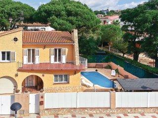 4 bedroom Villa in Castell-Platja d'Aro, Catalonia, Spain : ref 5550035