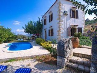Provarma Villa Sleeps 4 with Pool and Air Con - 5228068