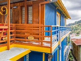 Blue Moon Creek a Home stay near Kodai FM ,Court, Ulavar Santhai