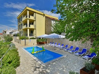 2 bedroom Apartment in Novi Vinodolski, Primorsko-Goranska Županija, Croatia : r
