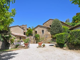 1 bedroom Apartment in Cortona, Tuscany, Italy : ref 5241244