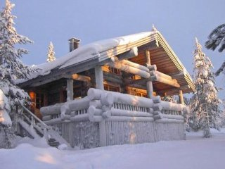 Ruka Holiday Home Sleeps 8 with WiFi - 5045129