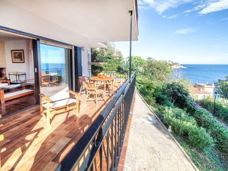 3 bedroom Apartment in Sant Feliu de Guíxols, Catalonia, Spain : ref 5698873