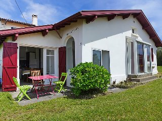 2 bedroom Villa in Bidart, Nouvelle-Aquitaine, France : ref 5053687