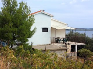 Three bedroom house Ivan Dolac, Hvar (K-5708)