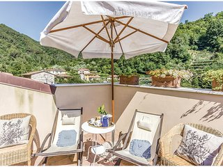 3 bedroom Villa in Ortonovo, Liguria, Italy : ref 5546887