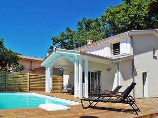 3 bedroom Villa in Lacanau, Nouvelle-Aquitaine, France : ref 5434874