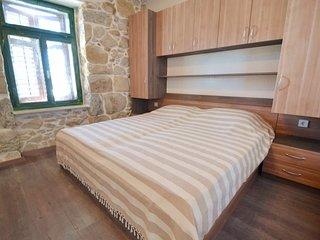 2 bedroom Apartment in Kampor, Primorsko-Goranska Županija, Croatia : ref 55567