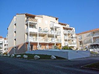 2 bedroom Apartment in Vaux-sur-Mer, Nouvelle-Aquitaine, France : ref 5046838