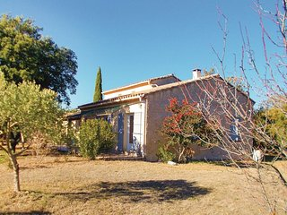4 bedroom Villa in Mazan, Provence-Alpes-Côte d'Azur, France : ref 5552162
